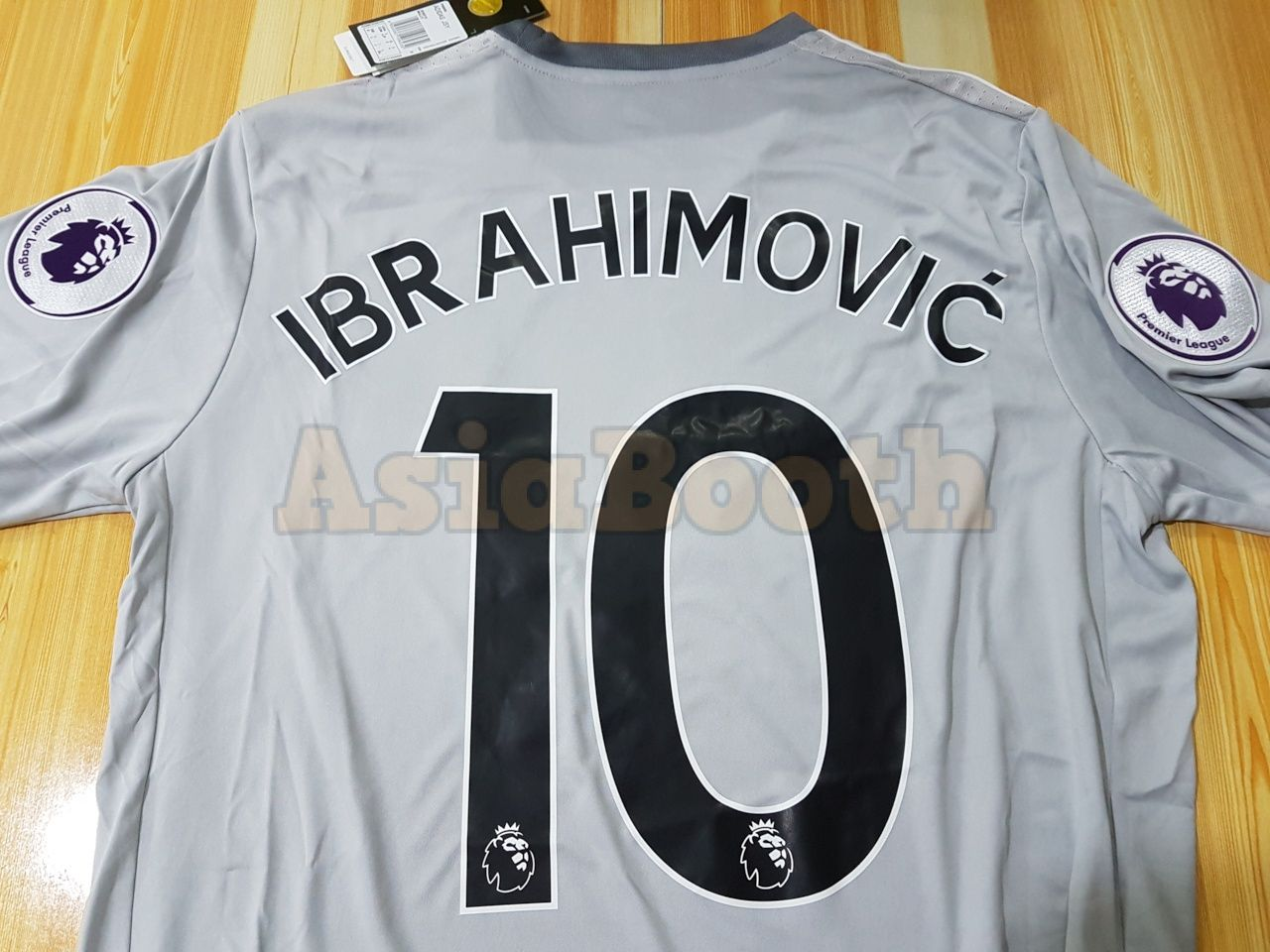 pretty nice c1f2b c3272 2017-2018 Manchester United Third 3rd Jersey Climacool For Men (Ibrahimovic  #10)